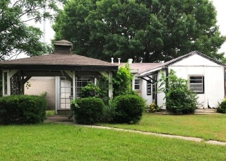 Foreclosed Home in Garland 75040 QUINCY DR - Property ID: 4400947708