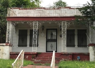 Foreclosed Home in Fort Worth 76104 E MORNINGSIDE DR - Property ID: 4400961273