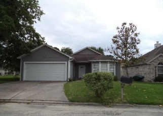 Foreclosed Home in Willis 77318 OPHIUCHUS CT - Property ID: 4400970475