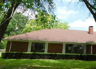 Foreclosed Home in Gilmer 75644 PINECREST ST - Property ID: 4400973996