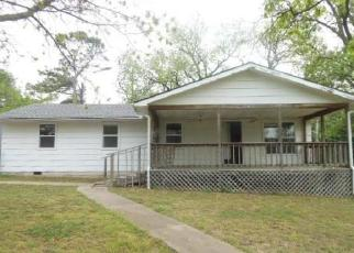 Foreclosed Home in Fort Gibson 74434 N 57TH ST E - Property ID: 4401062456