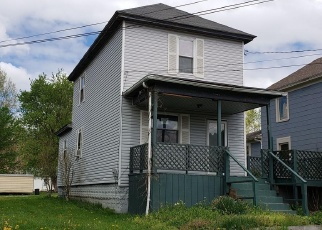 Foreclosed Home in Parkersburg 26101 OLIVE ST - Property ID: 4401117640