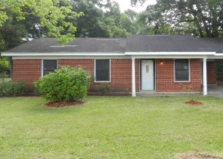 Foreclosed Home in Semmes 36575 SCHILLINGER RD N - Property ID: 4401181579