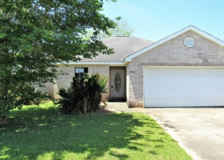 Foreclosed Home in Gulfport 39503 TYLER CIR - Property ID: 4401224505