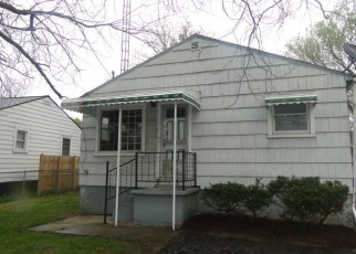 Foreclosed Home in Flint 48504 WALTON AVE - Property ID: 4401272230