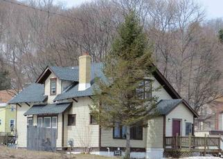 Foreclosed Home in Munising 49862 W MUNISING AVE - Property ID: 4401281887