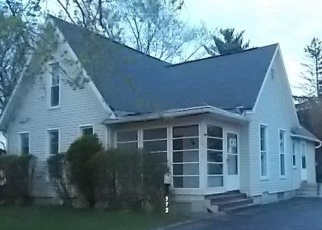 Foreclosed Home in Adrian 49221 N CHARLES ST - Property ID: 4401284501