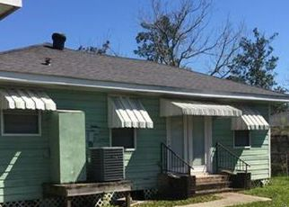 Foreclosed Home in Slidell 70458 6TH ST - Property ID: 4401321742