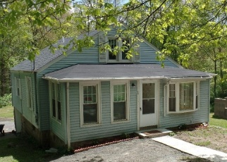 Foreclosed Home in Watertown 06795 STRAITS TPKE - Property ID: 4401341441