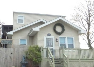 Foreclosed Home in Elmwood Park 60707 W BARRY AVE - Property ID: 4401380421