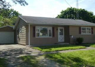 Foreclosed Home in Waverly 62692 N PROSPECT ST - Property ID: 4401390490
