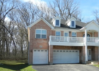 Foreclosed Home in Bartlett 60103 FOREST GLEN CT - Property ID: 4401402317