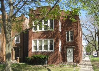 Foreclosed Home in Chicago 60651 W KAMERLING AVE - Property ID: 4401412841