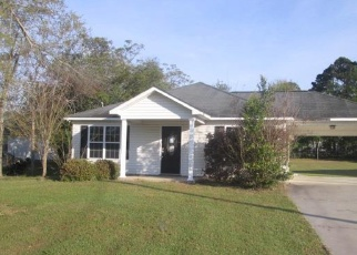 Foreclosed Home in Ashburn 31714 MARTIN LUTHER KING JR DR - Property ID: 4401427279