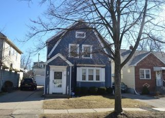 Foreclosed Home in Buffalo 14217 WASHINGTON AVE - Property ID: 4401469326