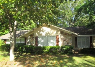 Foreclosed Home in Northport 35473 BRIARCLIFF DR - Property ID: 4401519250