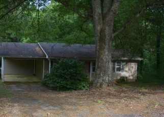 Foreclosed Home in Clarkesville 30523 DENNIS ST - Property ID: 4401539856