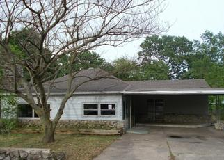 Foreclosed Home in Ramona 74061 MORTON AVE - Property ID: 4401546858