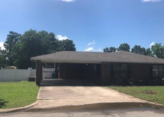 Foreclosed Home in Mcalester 74501 E COMANCHE AVE - Property ID: 4401552101