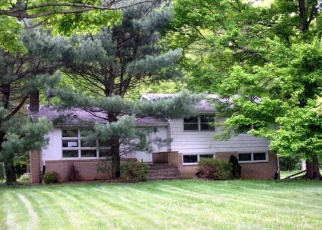 Foreclosed Home in Youngstown 44514 ARREL RD - Property ID: 4401613872