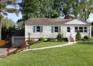 Foreclosed Home in Newark 19713 W CHESTNUT HILL RD - Property ID: 4401710661