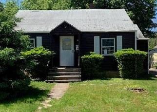 Foreclosed Home in Fairfield 06824 ALDEN ST - Property ID: 4401749638