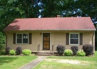 Foreclosed Home in Richmond 23224 KINGSWOOD ST - Property ID: 4401790809