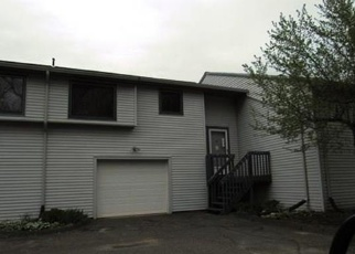 Foreclosed Home in Willington 06279 BAXTER RD - Property ID: 4401804824