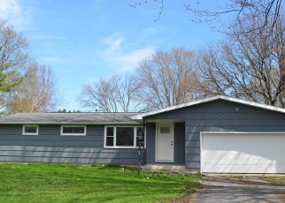 Foreclosed Home in Cicero 13039 DALE RD - Property ID: 4401807447
