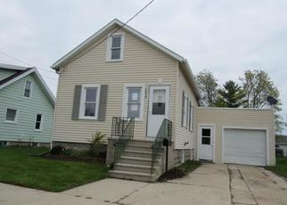 Foreclosed Home in Two Rivers 54241 12TH ST - Property ID: 4401818389