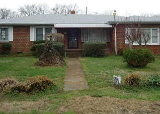 Foreclosed Home in Portsmouth 23704 WALNUT ST - Property ID: 4401848169