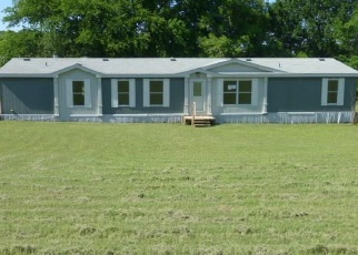 Foreclosed Home in Springtown 76082 VICTORY LN - Property ID: 4401859117