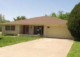 Foreclosed Home in Amarillo 79110 JAMES LOUIS DR - Property ID: 4401873134