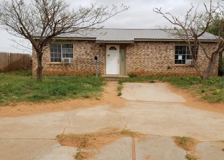 Foreclosed Home in Lamesa 79331 N 14TH ST - Property ID: 4401885403