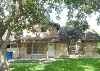 Foreclosed Home in Corpus Christi 78411 MILDRED DR - Property ID: 4401892408