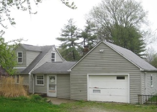 Foreclosed Home in Peninsula 44264 OLDE EIGHT RD - Property ID: 4401911687