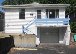 Foreclosed Home in Saint Louis 63114 EDMUNDSON RD - Property ID: 4401947598