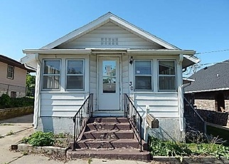 Foreclosed Home in Des Moines 50315 E FULTON DR - Property ID: 4401954163