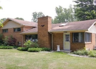 Foreclosed Home in Colon 49040 S BURR OAK RD - Property ID: 4402002339