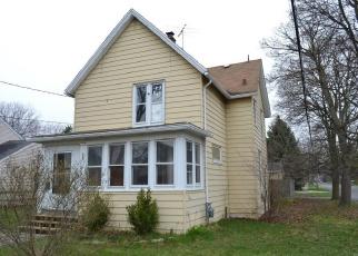 Foreclosed Home in North Tonawanda 14120 E GOUNDRY ST - Property ID: 4402016803
