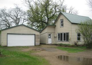 Foreclosed Home in Staples 56479 KANSAS AVE SW - Property ID: 4402071994