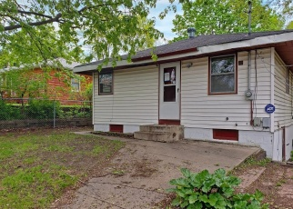 Foreclosed Home in Minneapolis 55421 JEFFERSON ST NE - Property ID: 4402081170