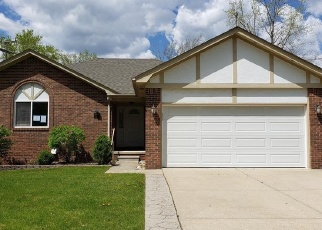 Foreclosed Home in Fraser 48026 TOULOUSE - Property ID: 4402090823