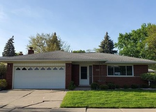 Foreclosed Home in Warren 48093 CAROL AVE - Property ID: 4402098703
