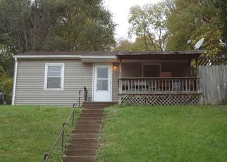 Foreclosed Home in Davenport 52802 INDIAN RD - Property ID: 4402144690