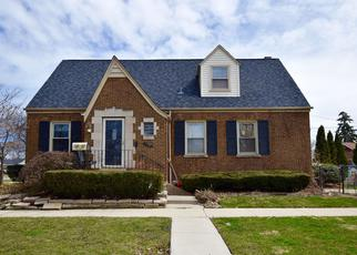 Foreclosed Home in Evergreen Park 60805 S CENTRAL PARK AVE - Property ID: 4402167907