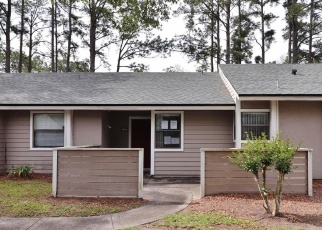 Foreclosed Home in Jacksonville 32244 WESTOVER CT - Property ID: 4402201173