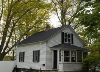 Foreclosed Home in Worcester 01610 TENNYSON ST - Property ID: 4402322953