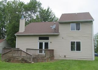 Foreclosed Home in Flint 48507 E MAPLE AVE - Property ID: 4402329512