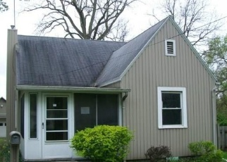 Foreclosed Home in Toledo 43615 CAMBERLEY DR - Property ID: 4402371106
